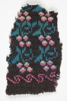 Estonian knitted glove  (Eesti muuseumide veebivärav)