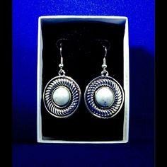 Tibetan Silver & Turquoise EARRINGS   ✨NWOT✨ ✨ Classy! ✨ Jewelry Earrings