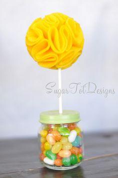 topiario sobre frasco dulces