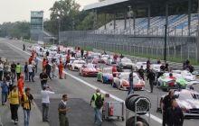 Jürgen Bender mit Sieg in Rennen 2 in Monza Start zum Rennen 2 in Monza (Foto: Ralph Monschauer - motorsport-xl.de) Das Siegerpode...