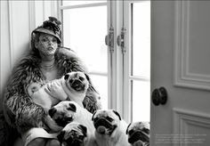 """The Duchess"": Linda Evangelista and Pugs by Steven Meisel for Vogue Italia"