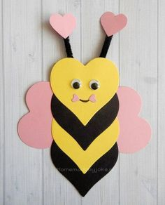 Om deze leuke dieren van hartjes te knutselen heb je behalve gekleurd papier nie… In addition to colored paper, you don't need to make these cute animals from the heart … – craft – # animals # colored Valentine's Day Crafts For Kids, Valentine Crafts For Kids, Daycare Crafts, Valentines For Kids, Summer Crafts, Toddler Crafts, Preschool Crafts, Holiday Crafts, Art For Kids