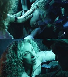 Aww. River bundling up 11 to fly into the heart of the exploding tardis. Pandorica opens
