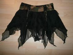 "LIP SERVICE Fashionista Resistance ""Revolutionary"" mini skirt #64-113"