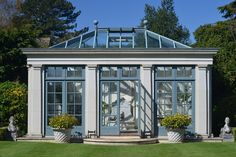 Haddonstone Orangery - Conservatory Designs & Ideas - Interiors (houseandgarden.co.uk)