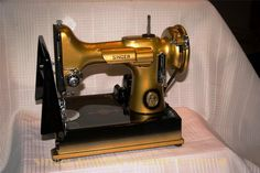 Singer Featherweights Revived - Singer Featherweight restoration ...