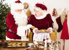 This short, stand-alone monologue features Mrs. Claus writing a breakup letter to Santa. It can be performed at a party or as part of a holiday play. Funny Monologues, Female Monologues, Comedic Monologues, Christmas Humor, Christmas Themes, Christmas Diy, Holiday, Theatre Auditions, Mrs Claus