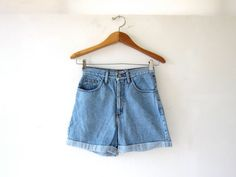 20 OFF SALE / vintage denim shorts / Guess by dirtybirdiesvintage