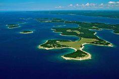 Nationalpark Brijuni in Istrien. Buchen Sie jetzt einen Bootsausflug in die zauberhafte Inselwelt ab Pula!
