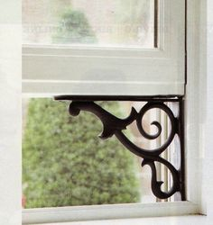 Why didn't I think of holding my windows up this way? I have several windows that won't stay open. What a fab solution! Primitive Homes, Trick 17, Etsy Vintage, Old Windows, Sash Windows, Wall Storage, The Ranch, My Living Room, Home Projects