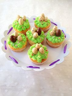 Muffin, Mini Cupcakes, Foods, Easter Activities, Food Food, Food Items, Cupcakes, Muffins