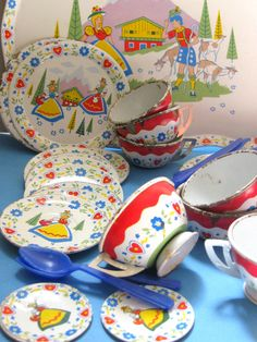 Vintage Ohio Art Tin Toy Dishes Set (37) - Alpine Hearts and Girl, bold Red Blue White