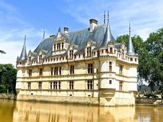 Free Images - Search for medieval Castle Medieval Castle, Public Domain, Historical Photos, Free Images, Image Search, Paris, Mansions, House Styles, Travel
