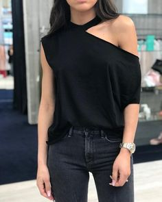 Casual Dress Outfits, Office Outfits, Cool Outfits, Fashion Outfits, Casual Tops, Casual Chic, Casual Wear, Blouse Styles, Blouse Designs