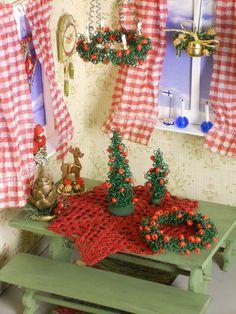 Christmas - Dollhouse Miniature