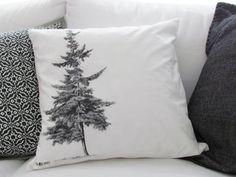 *Kissenhülle* – mit Tannenbaum-Motiv (2) - Weißer, hochwertiger Baumwollstoff einseitig im Siebdruck-Verfahren bedruckt. Da es sich hier um Handsie