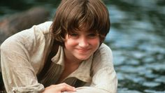 Elijah Wood as Huckleberry Finn!! He was so cute! <--- OH MY GOODNESS LOOK HOW ADORABLE HE IS!!!!!!!!!!!!