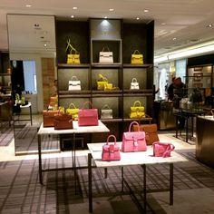 @isabella_hyeeun Galleria EAST Del...Instagram photo | Websta (Webstagram)