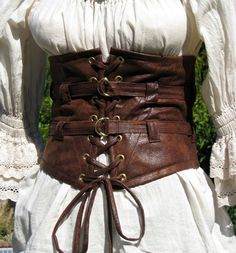 - Minnie Zephie's Steampunk - - - - Treasure Trunk -: Accessories for the (Steampunk) Lady: For the Waist