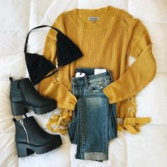 grunge outfits / fille stylé / moda donna - The Lucky Boy - grunge outfits / fille stylé / moda donna - Fashion 2017, Teen Fashion, Winter Fashion, Fashion Outfits, Fashion Trends, Ootd Fashion, Fashion Sandals, Fashion Online, Outfits For Teens
