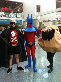 spongebob dirty bubble and Manray costume Movie Halloween Costumes, Toy Story Costumes, Easy Costumes, Halloween Cosplay, Cosplay Costumes, Halloween 2017, Halloween Ideas, Spongebob Halloween, Spongebob Costumes