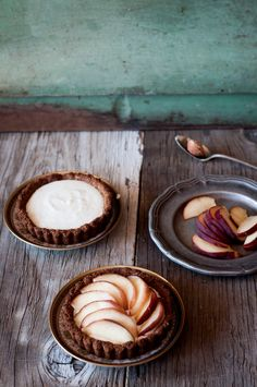Almond Tarts with Peach and Cardamom Yogurt