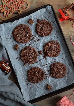 Healthy gluten free chocolate cookies - easy yet delicious festive bake