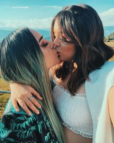 Date a lesbian for fun? You can have it in our lesbian club! Lesbian Hot, Cute Lesbian Couples, Lesbian Pride, Couples Lesbiens Mignons, Love Always Wins, Gay Aesthetic, Lesbians Kissing, Girls Together, Lgbt Love