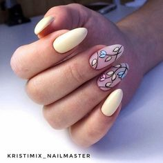 Nail art Christmas - the festive spirit on the nails. Over 70 creative ideas and tutorials - My Nails Yellow Nails Design, Yellow Nail Art, Bright Nails, Red Nails, Cute Nails, Pretty Nails, Nail Art Hacks, Flower Nails, Cool Nail Designs