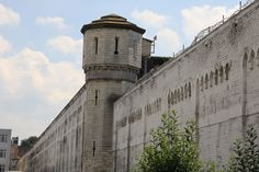 Jail-Saint-Gilles (3).jpg (3888×2592)