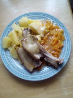 vepřový bok s bramborem a dušenou mrkví