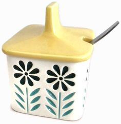 Hornsea 'springtime' condiment pot by John Clappison in 1964-5.