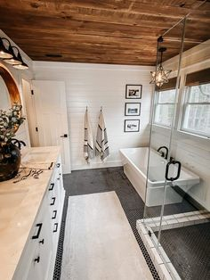 Bathroom Renos, Bathroom Renovations, Home Remodeling, Budget Bathroom, Bathroom Small, Wood In Bathroom, Shiplap Master Bathroom, Farm House Bathroom, Home Renovations