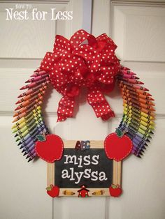 Personalized Teacher Classroom Wreath - How to Nest for Less™ Teacher Crayon Wreath, Teacher Wreaths, Crayon Wreaths, Door Wreaths, Great Teacher Gifts, Teacher Appreciation Gifts, Teacher Stuff, Teacher Presents, Classroom Wreath