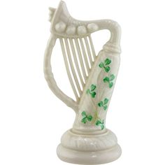 This is a nice Irish Belleek porcelain piece with the traditional shamrock decoration. The harp is translucent eggshell porcelain in cream background Irish Pottery, Irish Tea, Belleek Pottery, Luck Of The Irish, Porcelain Ceramics, Harp, Celtic, Tea Pots, Sculptures