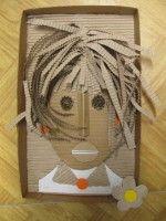 Plastický obraz hlavy - z kartonu a vlnité lepenky :: M o j e v ý t v a r k a Craft Activities For Kids, Projects For Kids, Art Projects, Cardboard Crafts, Paper Crafts, Abstract Face Art, Triangle Art, Ecole Art, Identity Art