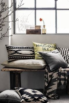 Patterned cushions for a stylish home, HM home Fall 2013