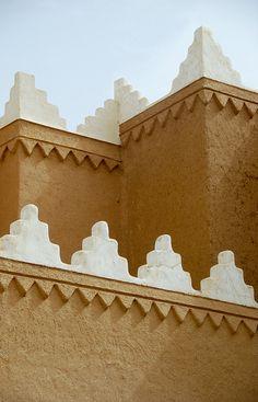 Arabian Architecture Riyadh - Saudi Arabia by Shakir Sabir Islamic Architecture, Art And Architecture, Architecture Details, Beautiful Architecture, Arabic Design, Arabic Art, Moroccan Design, Moroccan Style, Moroccan Arabic