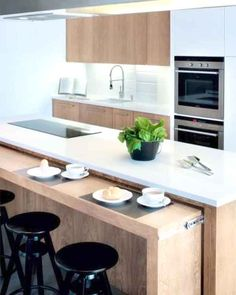 Browse photos of Small kitchen designs. Discover inspiration for your Small kitchen remodel or upgrade with ideas for storage, organization, layout and decor. Kitchen Island Storage, Modern Kitchen Island, Modern Kitchen Design, Kitchen Islands, Kitchen Interior, Kitchen Decor, Kitchen Ideas, Diy Kitchen, Awesome Kitchen