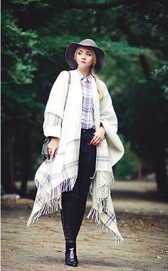 25 Chic Ways to Style a Cape This Fall | StyleCaster
