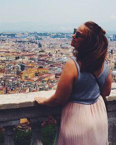 Napoli oli rosoinen ja likainen, mutta silti tykästyin täysin - AURINKORASVAA JA ALOE VEERAA