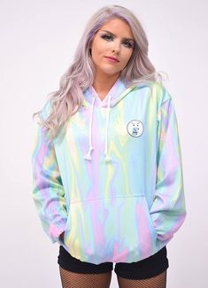 Trippy Rainbow Hoodie – In Control Clothing Pastel Outfit, Tie Dye Shirts, Harajuku Fashion, Hoodies, Sweatshirts, Clothing Items, Chic Outfits, Tye Dye, Clothes