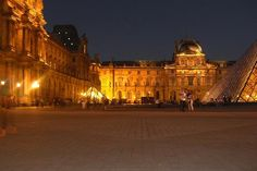 The Louvre, one of my favorite places EVER!
