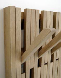 Kapstok-Piano-Feld1 Verkrijgbaar in hout (beuken / eiken), zwart en wit Vanaf 995,-