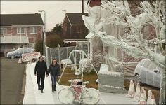 A street wrapped in bubble wrap. Would you play in the playground? wrap fun, entir street, street wrap, bubbl wrap, bubbles, bubble wrap, wrap appreci
