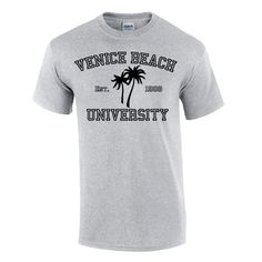 What's beachier than palm trees on your new favorite 100% cotton short sleeve shirt?  Choose gray, white, or navy.