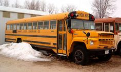 Ford Superior School Bus From The Early Old School Bus, School Buses, Retro Bus, Bus City, Vintage School, Busses, Motorhome, Trucks, Yellow