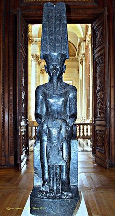 Egyptian statue of Amun. Ancient Egyptian Art, Ancient Aliens, Ancient History, Egyptian Temple, European History, Ancient Greece, American History, Egypt Art, Ancient Artifacts