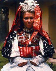 Očová village, Podpoľanie region, Central Slovakia. Folk Costume, Costume Dress, Costumes, Shaman Woman, Bridal Headdress, Folklore, Folk Clothing, European Countries, Culture