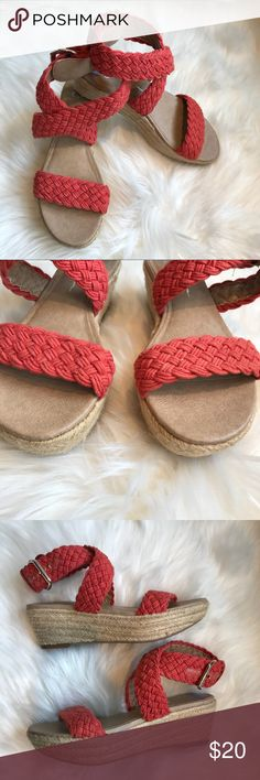 .:JESSICA SIMPSON WEDGES, 6 1/2:. Jessica Simpson wedges, size 6.5. Coral braided design with gold buckle. I got these a 1/2 size too small & waited too long to return. My loss is your gain! Happy poshing! 😘💕🦋 Jessica Simpson Shoes Espadrilles